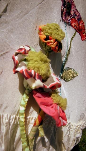 9 retouché1 Les dahlias (suite) et la robe mémorielle (8)